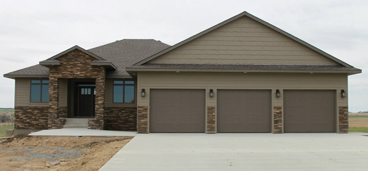 Thunder creek custom homes custom home builder custom for Home builders in sioux falls sd